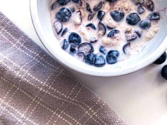 Almond and Blueberry Oatmeal