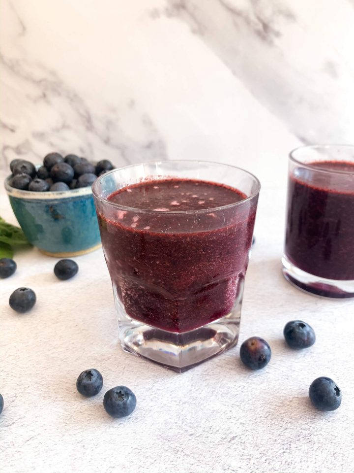 Blueberry Spinach Smoothie 38