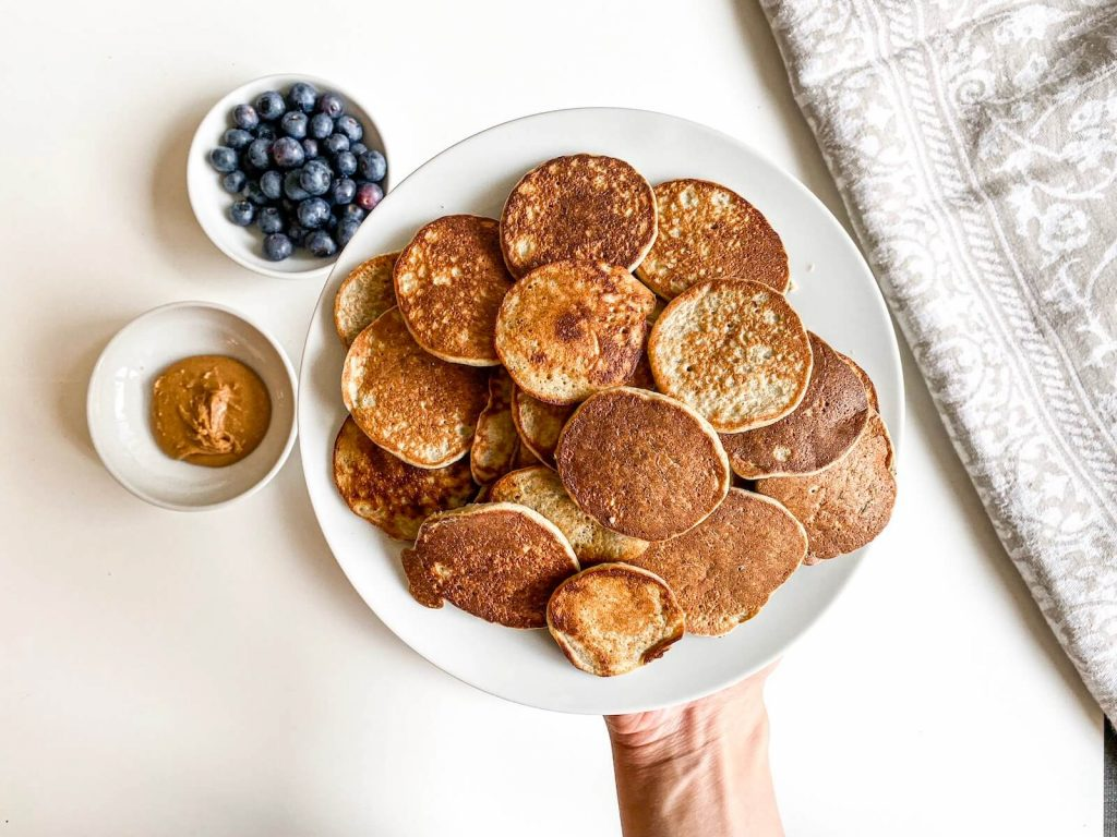 banana chia pancakes, healthy snacks for toddlers