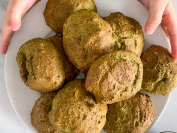 Baked spinach and ricotta fritters for babies and toddler